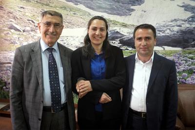 hakkari___le_maire_sortant_et_les_deux_candidats_bdp.jpg