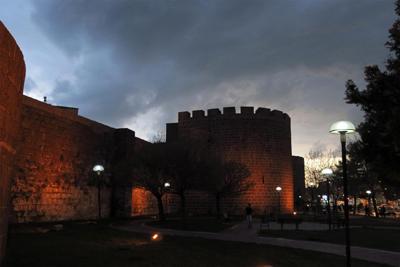 muraille_de_diyarbakir.jpg